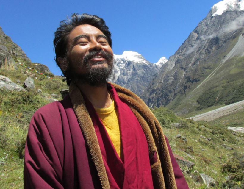 Maestro budista pasa 4 años vagando y meditando en cuevas y calles: esto es lo que aprendió